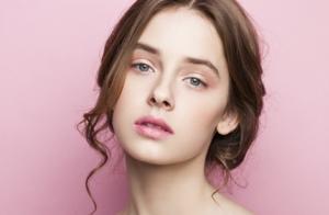 Higiene facial profunda con tratamiento específico a elegir