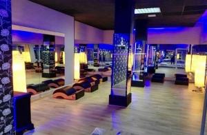 Un mes de gimnasio o pilates con máquinas
