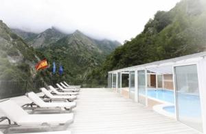 Parque multiaventura con opción a alojamiento