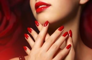Uñas perfectas: manicura y pedicura